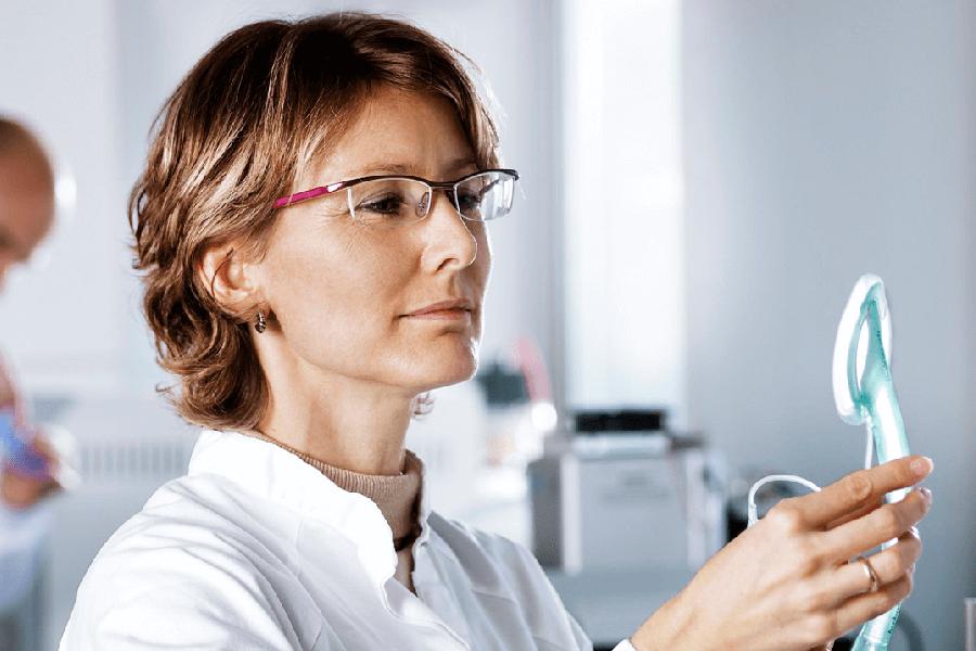 Иссечение наружного геморроидального узла