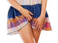Трещинки на слизистой у женщин: причины и лечение