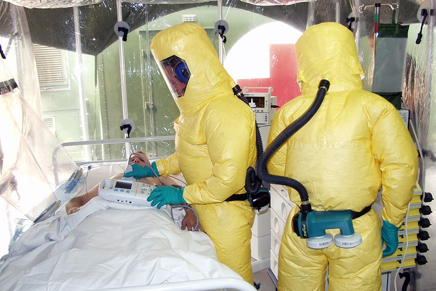 Летающая лаборатория для авиаперевозок больных