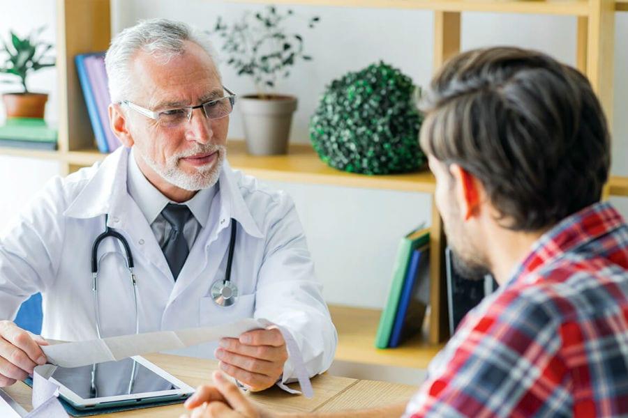 Изменится порядок контроля лечения по ОМС