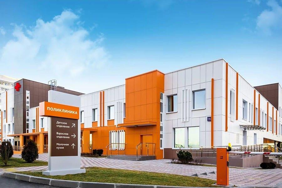 В августе планируется достроить поликлинику в Стрельне