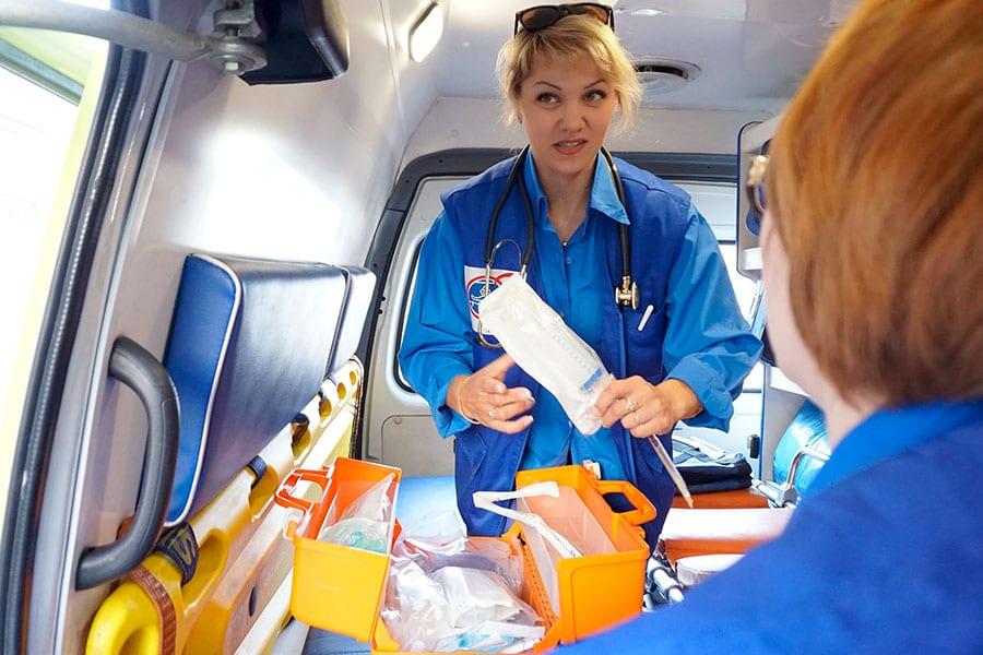 Скорая помощь останется без врачей