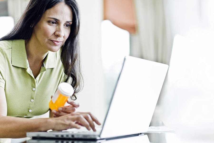 Разрешат ли работать интернет-аптекам