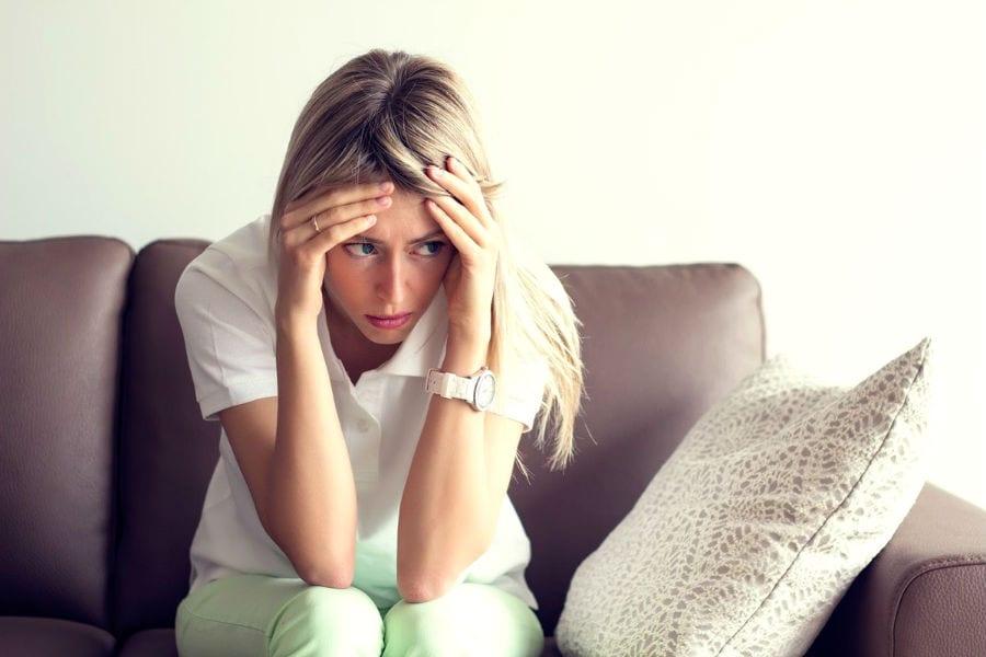 Дефицит серотонина — частая причина запоров и депрессии