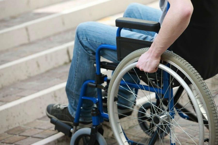 В России промаркируют инвалидные коляски