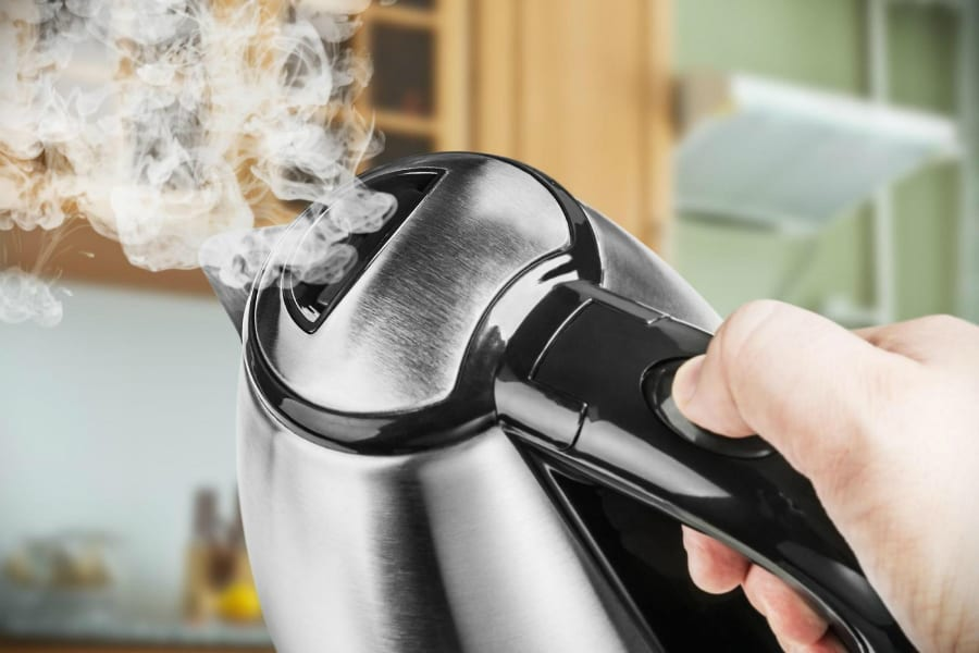 Внимание! Обнаружены модели электрических чайников, выделяющих яд