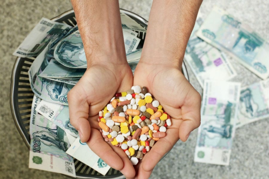 Найден способ, как поставить аптеки на место