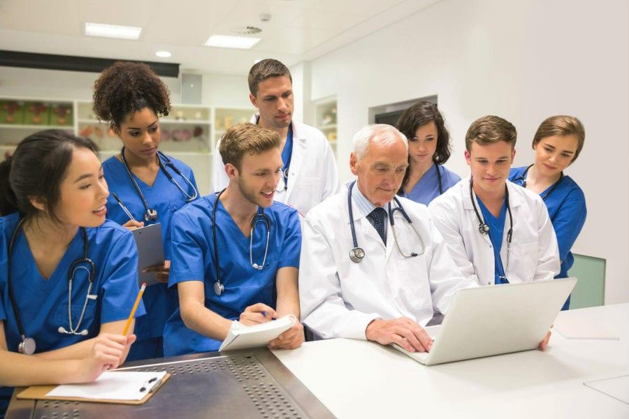 Председатель правления Сбербанка Г. Греф высказался о важности университетского образования для будущих врачей