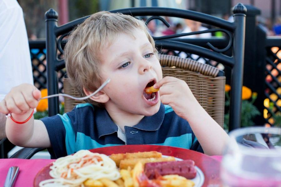 Дети в России питаются неправильно