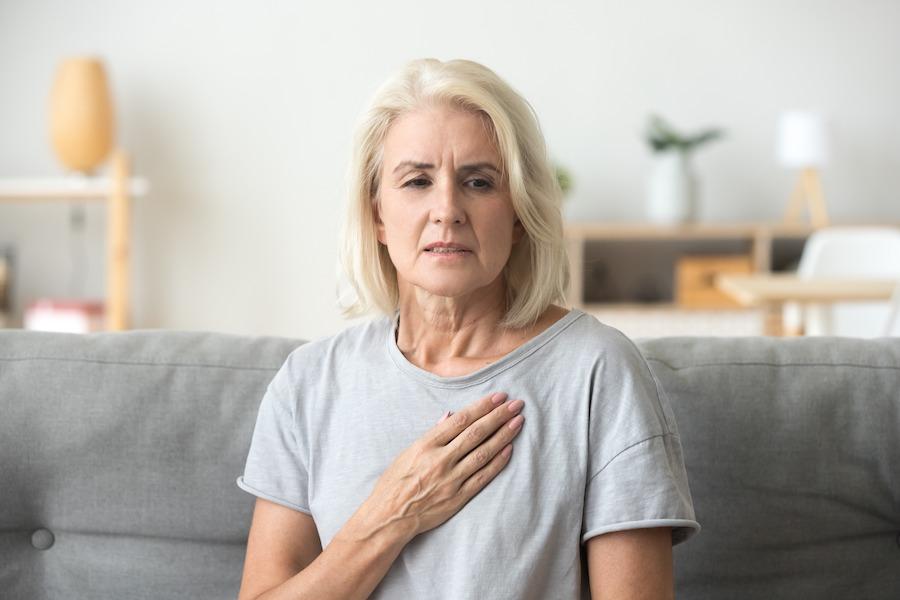 Ранняя менопауза влияет на сердце и сосуды женщины