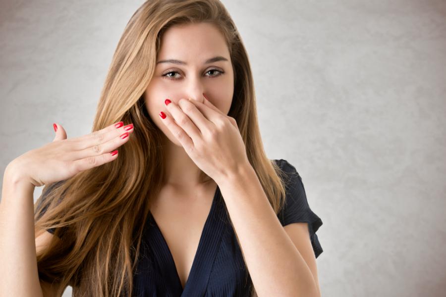 Выделения с запахом у женщин