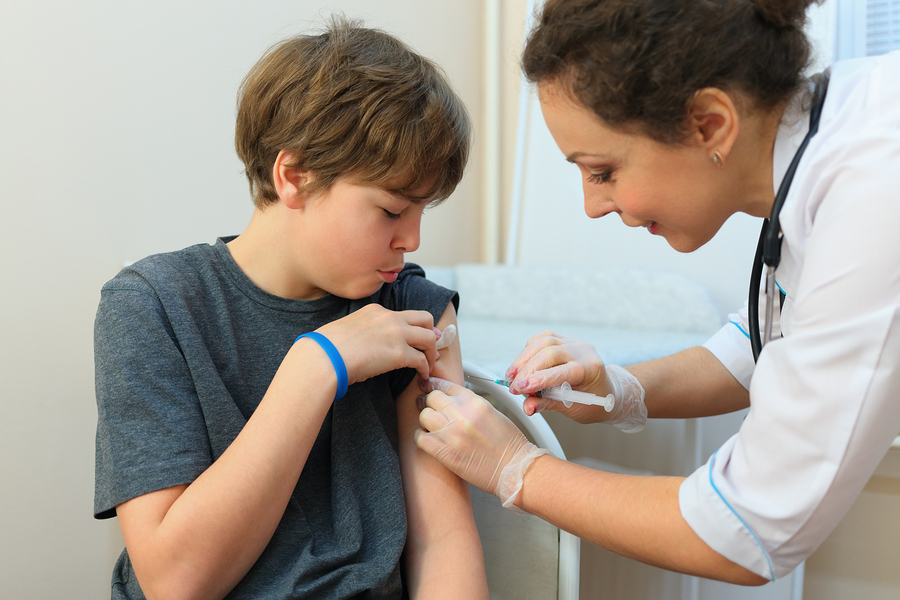 Прививать от ВПЧ нужно и мальчиков