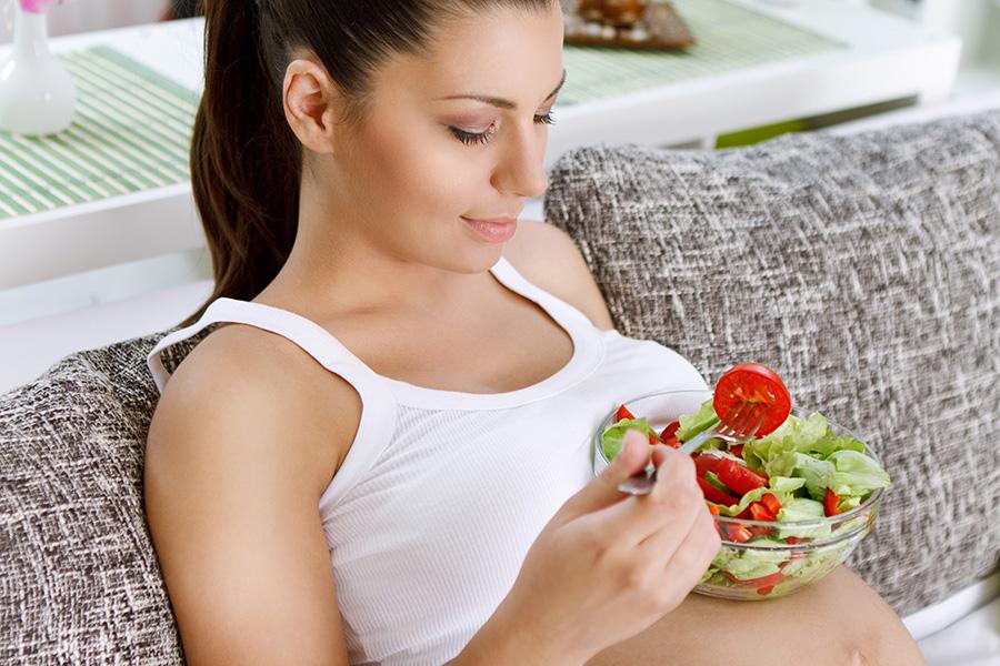 Разнообразное питание беременных исключает аллергию у малышей