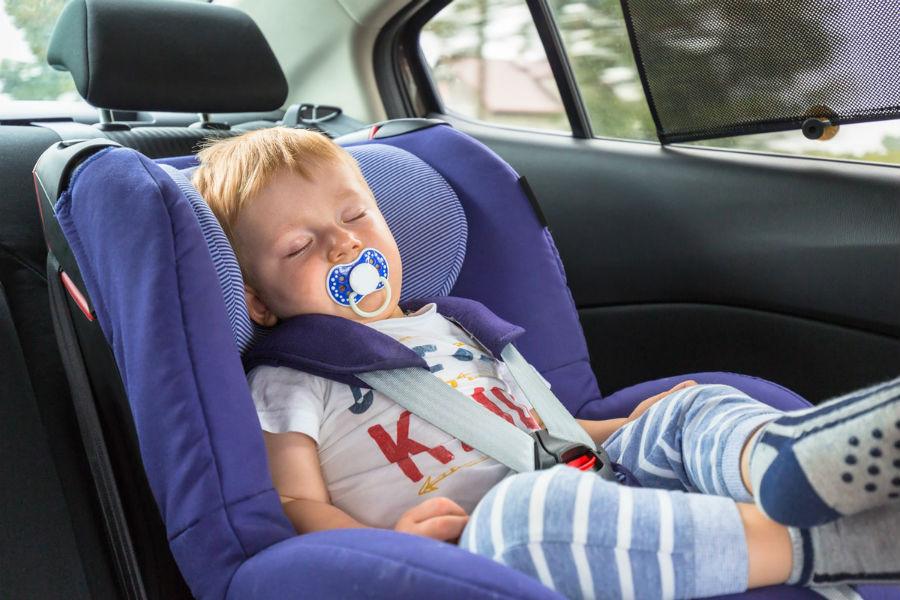 Детский сон в наклонном положении опасен для жизни