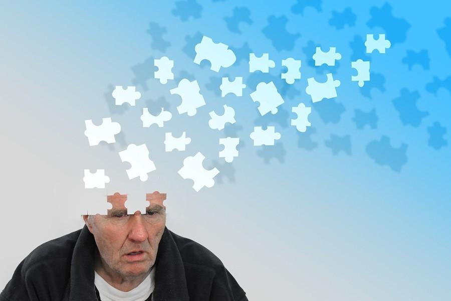 Светотерапия улучшает сон и лечит депрессию при болезни Альцгеймера
