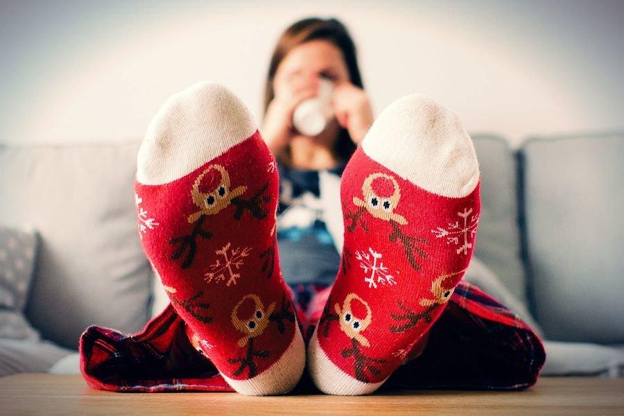 Холодные ноги: в чем причина и что с этим делать?