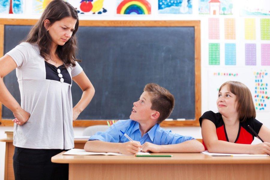 Школьники игнорируют тему урока