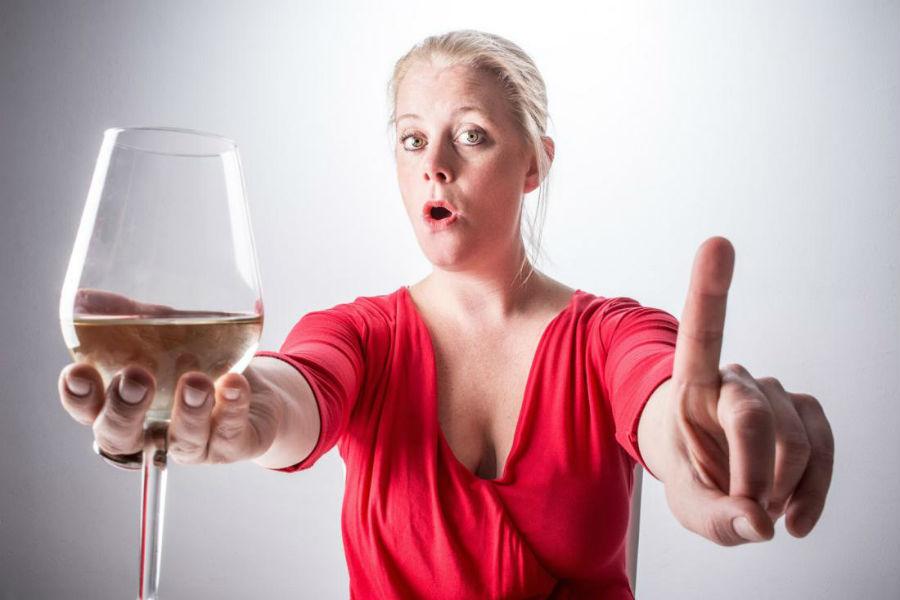 Умеренное употребление алкоголя снижает риск заболевания почек и сердца