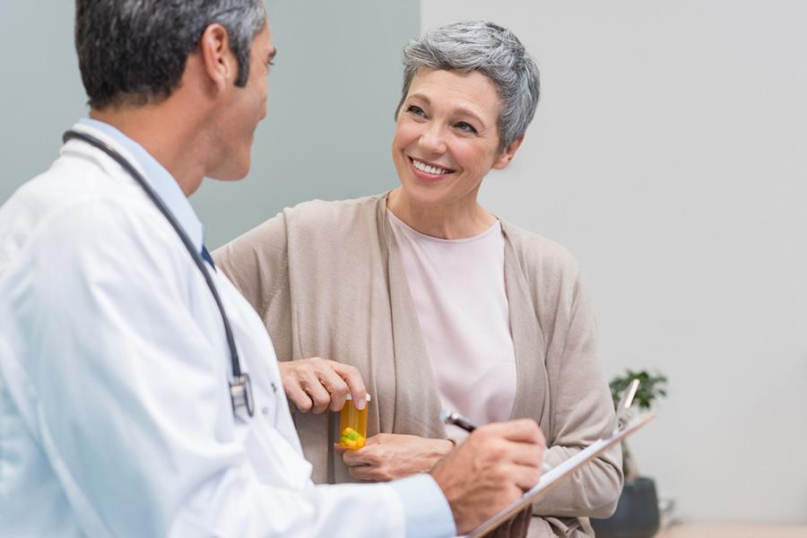 Негормональные варианты лечения симптомов менопаузы: эффективные и неэффективные методы