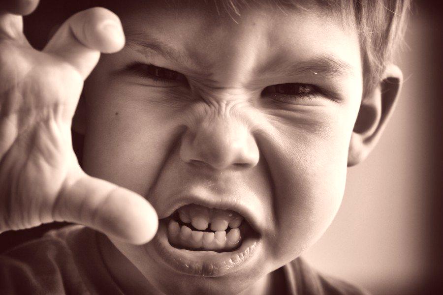 Неблагоприятные ситуации и насилие в детстве могут изменить мозг подростка