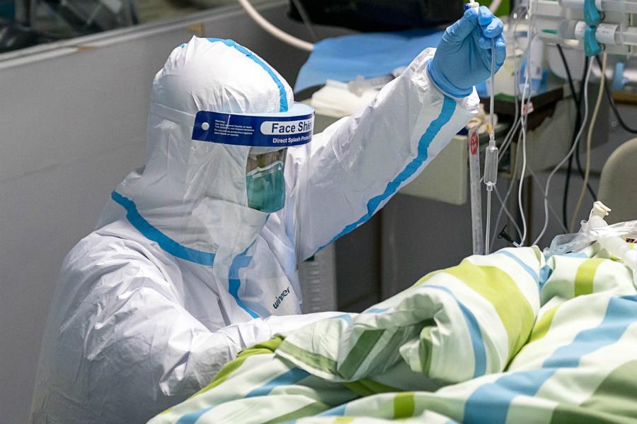 Распространение коронавируса: новые цифры, факты и закрытые границы