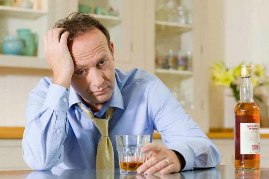 Исследования, проведённые в США, показали, что половина выживших после рака пьет алкоголь