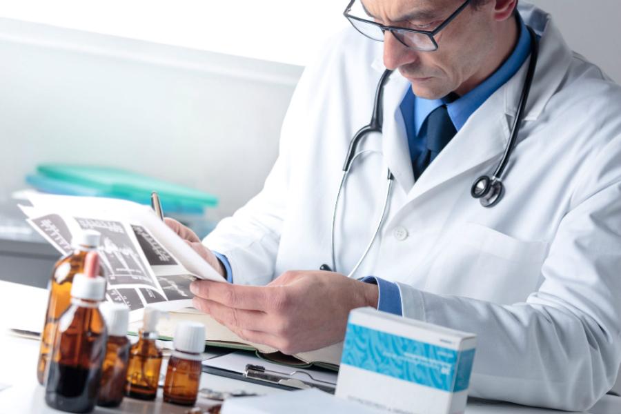 А что в Европе? В Германии оценивать эффективность новых лекарств будут врачи
