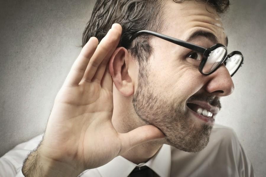 Ухудшение слуха в пожилом возрасте способствует развитию деменции – старческого слабоумия