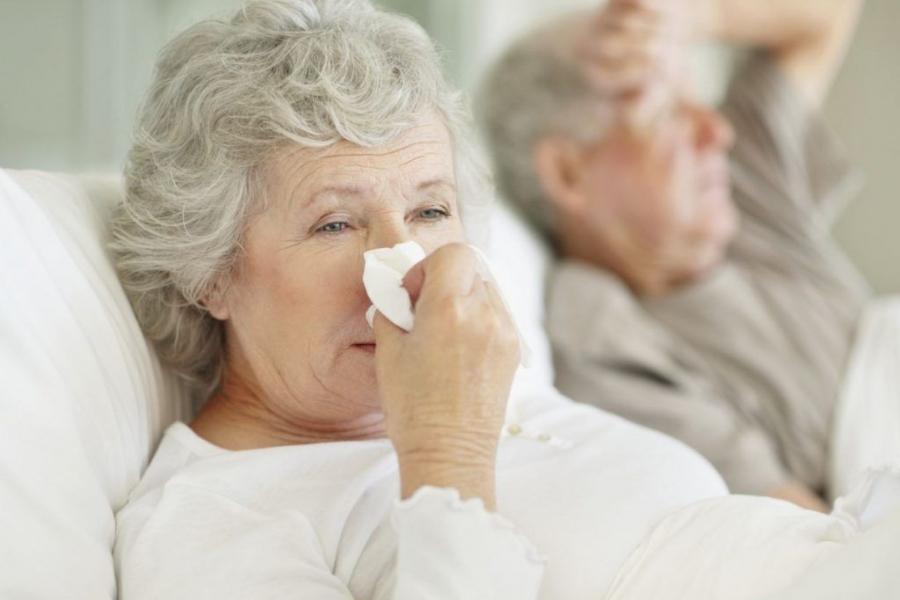Почему женщины в старости реже сталкиваются со снижением функции легких, чем мужчины