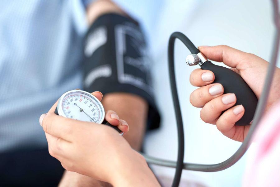 Контроль кровяного давления