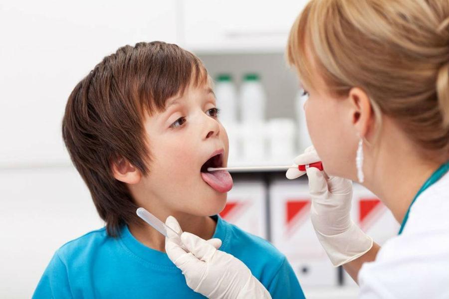 Образец из носоглотки на вирусный антиген